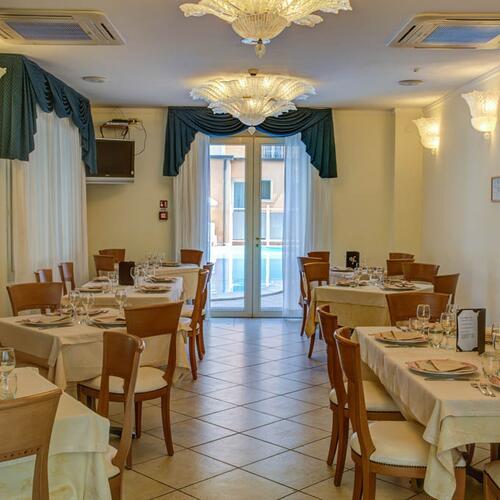 Hotel De La Ville Cesenatico Fc